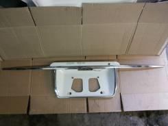 Накладка на дверь багажника. Toyota Hiace Regius, RCH47W Двигатель 3RZFE
