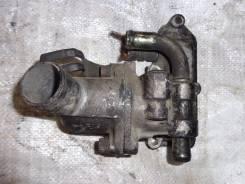 Корпус термостата. Isuzu Elf Двигатель 4JG2