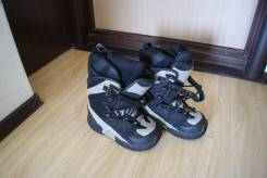 Ботинки для сноуборда.