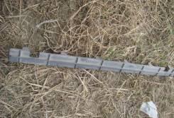 Накладка на решетку бампера. Peugeot 308