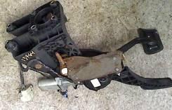 Узел педальный (блок педалей) Dodge Caravan 2008-