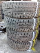 Bridgestone Blizzak Revo1. Всесезонные, износ: 10%, 4 шт