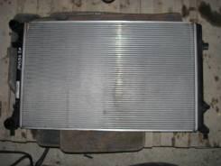 Радиатор охлаждения двигателя. Volkswagen Passat, 3C2, 3C5 Двигатели: AXX, AXZ, BKC, BKP, BLF, BLP, BLR, BLS, BLV, BLX, BLY, BMA, BMB, BMP, BMR, BPY...