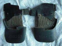 Брызговики. Nissan Mistral, R20 Двигатель TD27T