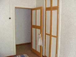 3-комнатная, Ленинская, 111. п. Моряк - Рыболов, агентство, 59 кв.м.