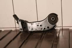 Infinity FX35 FX45 S50 Кронштейн подрамника заднего правый 55451CG000. Infiniti FX35, S50 Infiniti FX45, S50