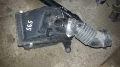 Корпус воздушного фильтра. Subaru Forester, SG5, SG9, SG Двигатели: EJ25, EJ20