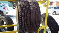 Bridgestone ST20. Зимние, без шипов, 2008 год, износ: 5%, 2 шт