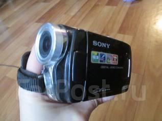 Видеокамера цифровая. 15 - 19.9 Мп, с объективом