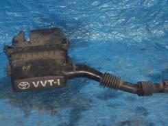 Корпус воздушного фильтра. Toyota Vitz, SCP10