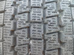 Bridgestone Blizzak Revo 969. Всесезонные, износ: 20%, 2 шт