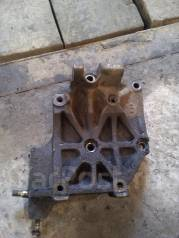Крепление компрессора кондиционера. Nissan Presea, R10 Двигатель GA15DS