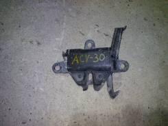 Замок капота. Toyota Camry, ACV30, ACV30L, ACV35 Двигатели: 1MZFE, 2AZFE, 3MZFE