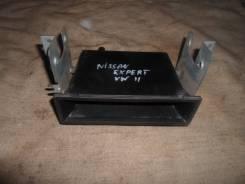 Бардачок в центральную консоль Nissan Expert VW11. Nissan Expert, VW11