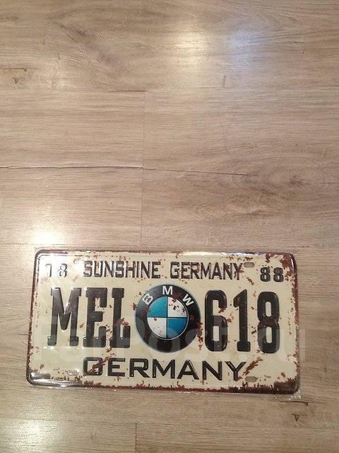Табличка. Mercedes-Benz BMW