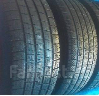 Pirelli Winter Ice Storm. Зимние, без шипов, 2007 год, износ: 40%, 2 шт