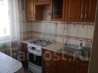 2-комнатная, улица Лермонтова 1В. Центральный, частное лицо, 45 кв.м. Кухня