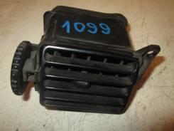 Дефлектор торпедо правый 1994-1998 Mazda 323 BA