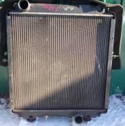 Радиатор охлаждения двигателя. Mitsubishi Canter, FE5## Двигатель 4D33