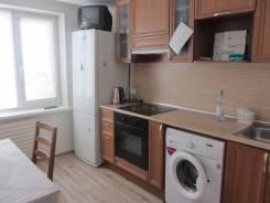 2-комнатная, улица Гульбиновича 20. Чуркин, 50 кв.м. Кухня