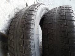 Bridgestone Blizzak Revo. Зимние, без шипов, износ: 80%, 2 шт