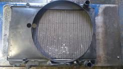 Радиатор охлаждения двигателя. Nissan Laurel, HC35, HC34 Двигатели: RB20DE, RB20E