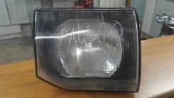 Фара. Mitsubishi Pajero