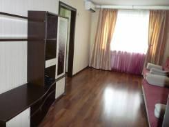 3-комнатная, улица Краснореченская 173. Индустриальный, частное лицо, 67 кв.м. Комната