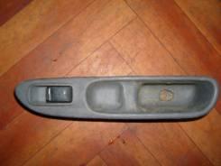 Кнопка стеклоподъемника. Nissan R'nessa, PNN30 Двигатель KA24DE