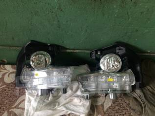Фара противотуманная. Toyota Highlander