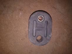 Крепление глушителя. Nissan Cefiro, A32