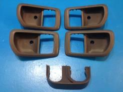 Ручка двери внутренняя. Toyota Camry, CV40, SV40, SV43, SV41, SV42, CV43 Toyota Vista, SV42, SV43, SV40, SV41, CV40, CV43 Двигатели: 3SGE, 3SFE, 3SGEL...