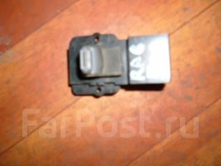 Кнопка стеклоподъемника. Honda Odyssey, RA6 Двигатель F23A