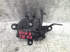 Замок капота. Toyota Town Ace Noah, SR50G Двигатель 3SFE