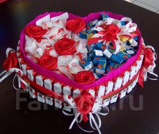 Букет из конфет рафаэлло торт из киндер сюрпризов 8 марта 14 февраля