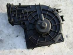 Мотор печки. Nissan Tino