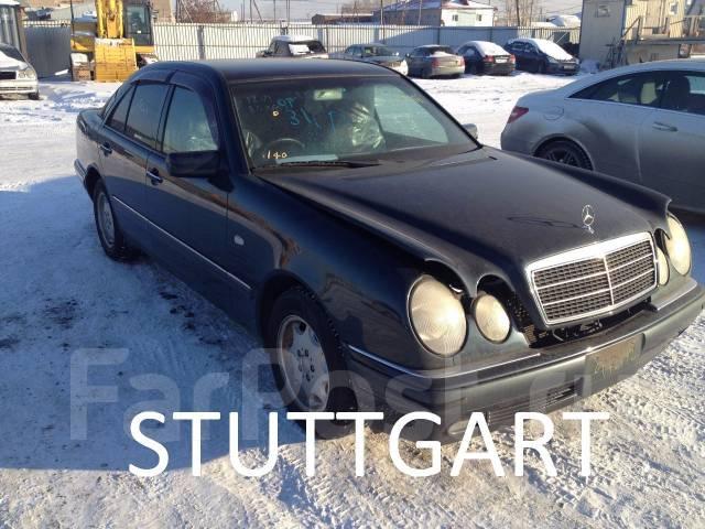 Mercedes-Benz E-Class. 210