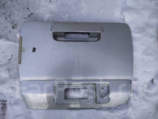 Накладка на дверь багажника. Toyota Hilux Surf, RZN185, VZN185, KZN185 Двигатели: 5VZFE, 3RZFE, 1KZTE
