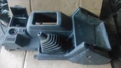 Консоль центральная. Mitsubishi Pajero, V46W, V46V, V46WG Двигатель 4M40
