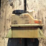 Крышка бачка гидравлического усилителя руля. Hino Ranger Hino Profia