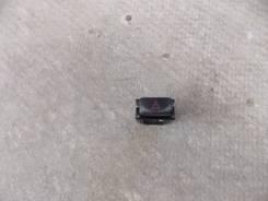 Кнопка включения аварийной остановки. Toyota Caldina, ST191G