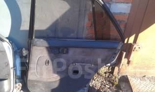 Обшивка двери. Toyota Corona, ST170