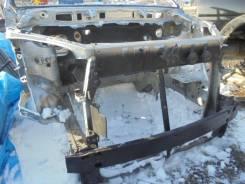 Рамка радиатора. Toyota Voxy, AZR65G Двигатель 1AZFSE