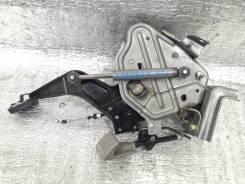Педаль ручника. Nissan Liberty, RM12 Двигатель QR20DE