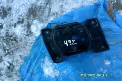 Крепление запасного колеса. Isuzu Bighorn, UBS73GW, UBS73DW