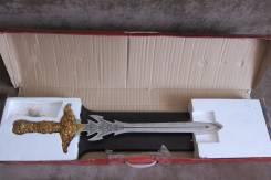 Новый сувенирный меч с янтарной рукояткой
