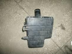 Резонатор воздушного фильтра. Nissan Primera, WTP12