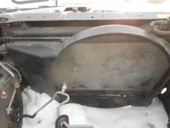Радиатор охлаждения двигателя. Nissan Skyline, V35 Двигатель VQ25DD