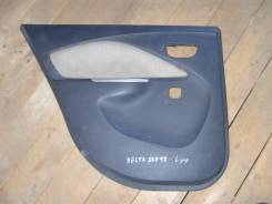Обшивка двери. Toyota Belta, SCP92