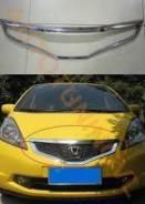 Молдинг решетки радиатора. Honda Fit